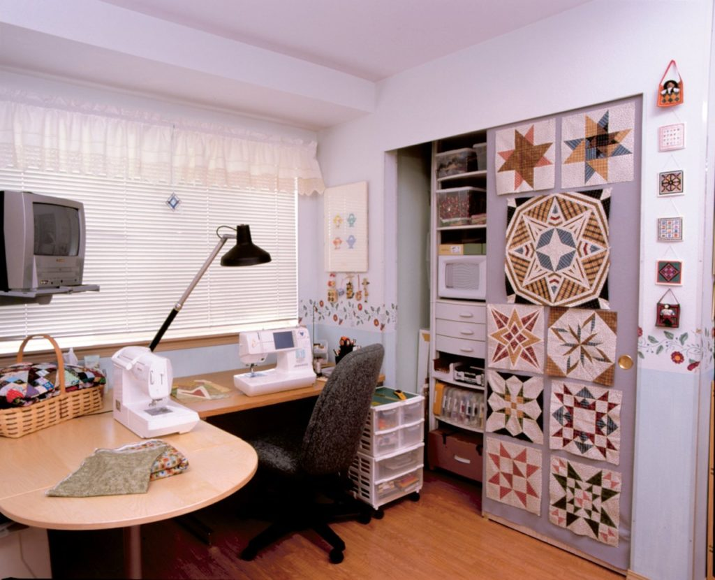 Designing the Perfect Quilting Space [How to Design the Perfect Quilting Studio?]