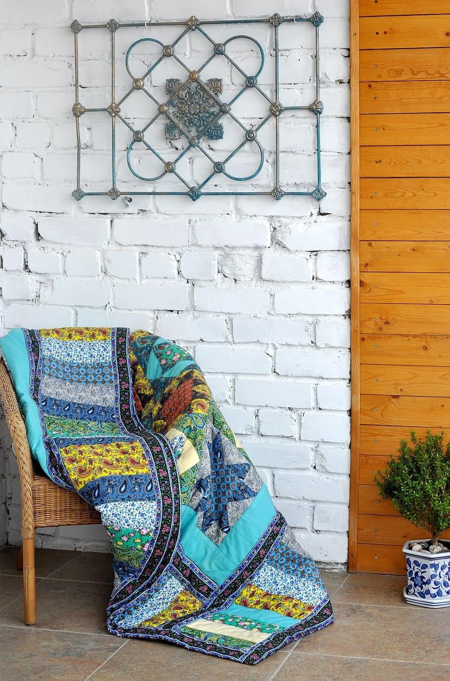 patchwork-quilt-loggia